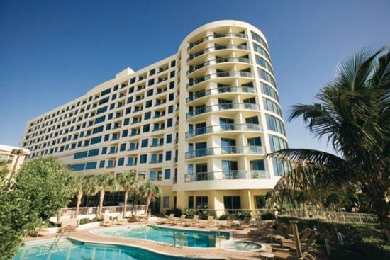 The Ocean Sands Was A Successful Hotel And Is Now Newly Converted Condo Overlooking Beach
