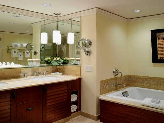 Hotel Features Amenities Meeting Space Enhancements  The Residential Suites  at The Ritz Carlton Kapaulua on. Ritz Carlton Bathroom Designs